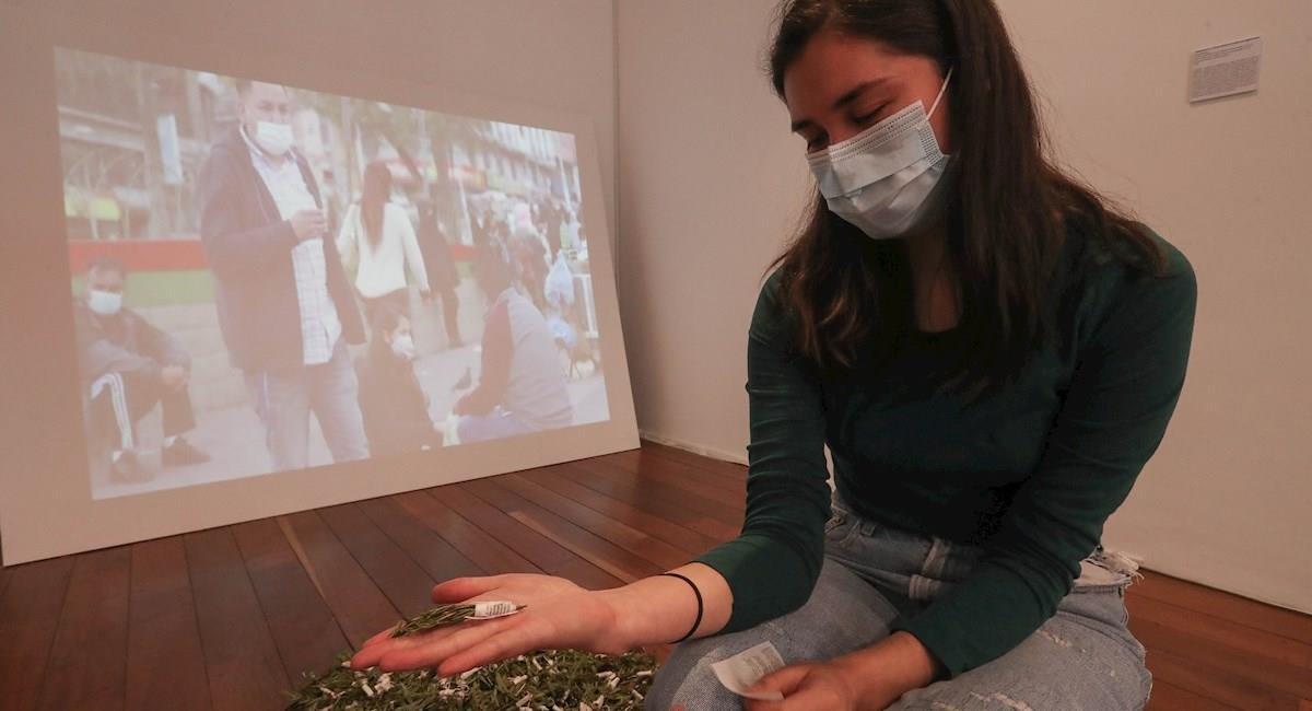 """La exposición de arte contemporáneo """"Afecciones y mutaciones #cuerpos pandémicos"""". Foto: EFE"""