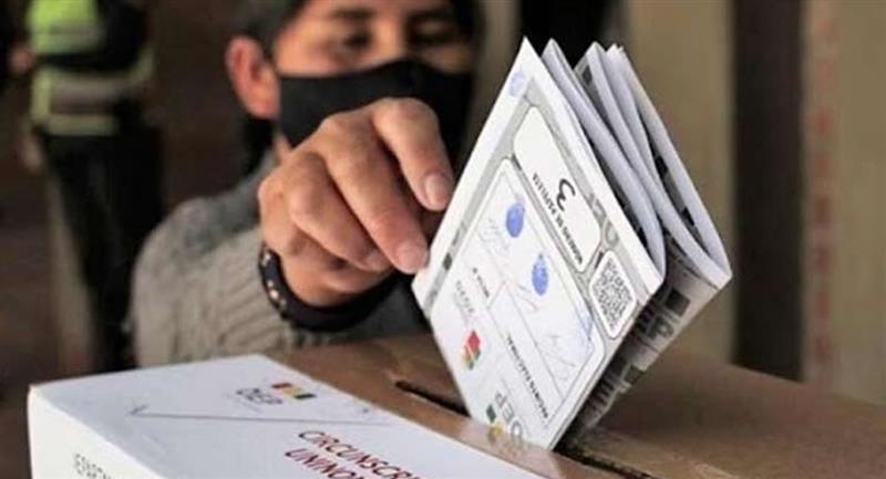 Papeletas electorales. Foto: ABI