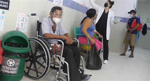 Bolivia supera los 240.000 casos de covid en el primer día del paro médico