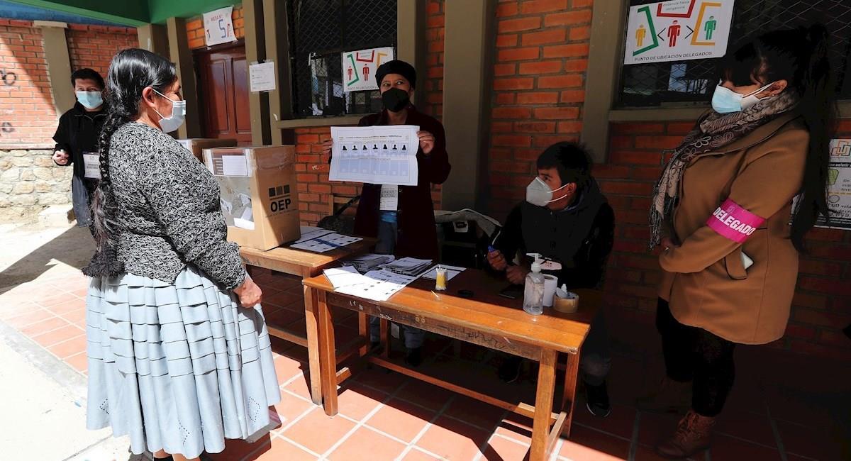 Simulacro de las elecciones subnacionales. Foto: EFE