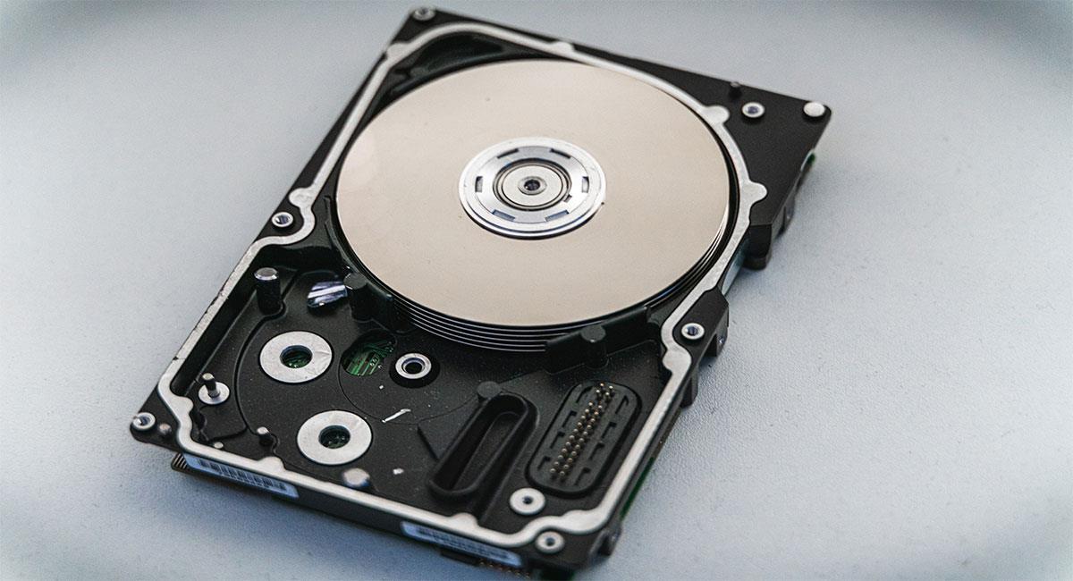Aprende cómo restaurar archivos perdidos en minutos. Foto: Unsplash (@nkend)