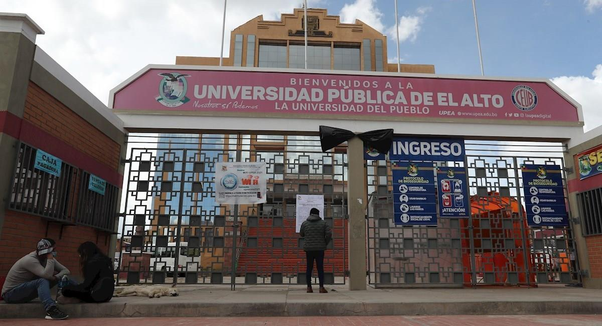 Fachada de la Universidad Pública de El Alto (UPEA). Foto: EFE