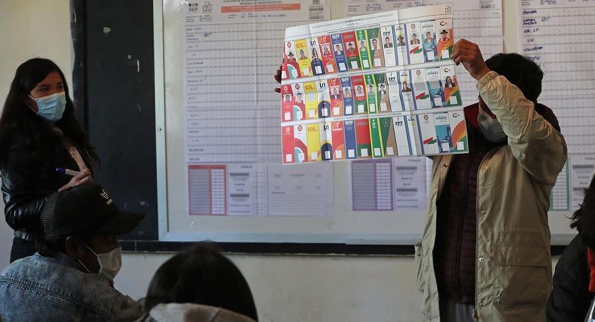 Conteo de votos. Foto: EFE