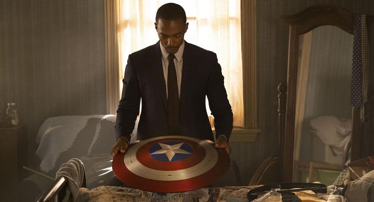 Al agente John Walker (Wyatt Russell) se le otorgó el escudo y el título de Capitán América. Foto: Filmaffinity