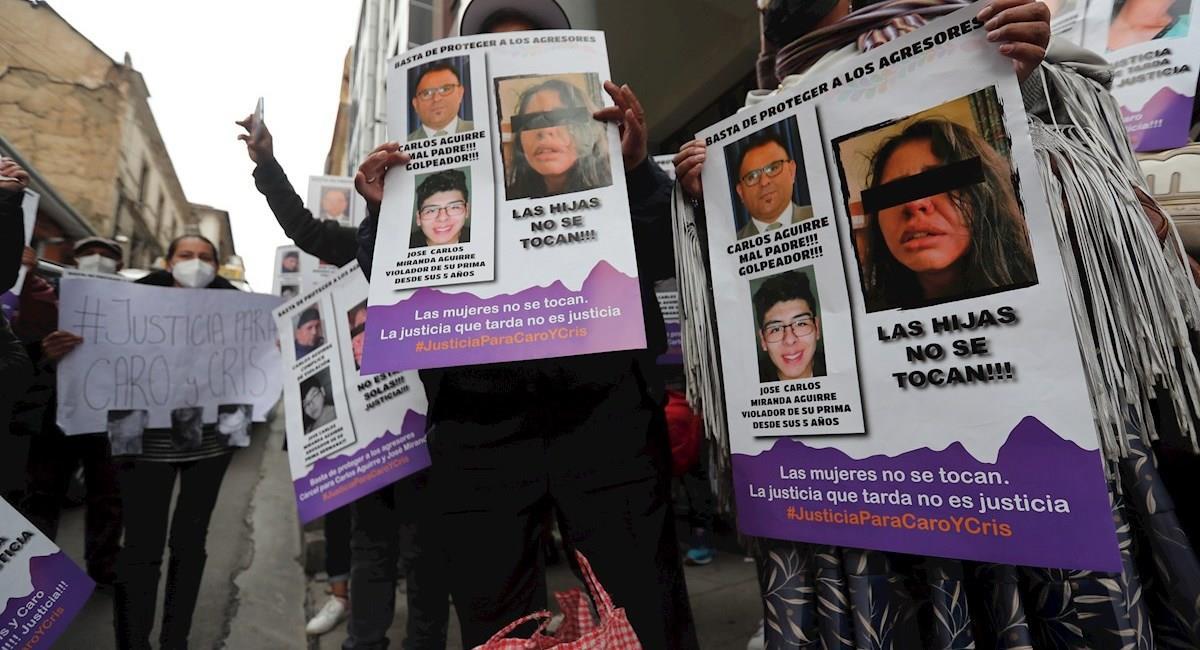 Activistas protestan exigiendo justicia para las 2 hermanas sufrieron maltrato de su padre. Foto: EFE