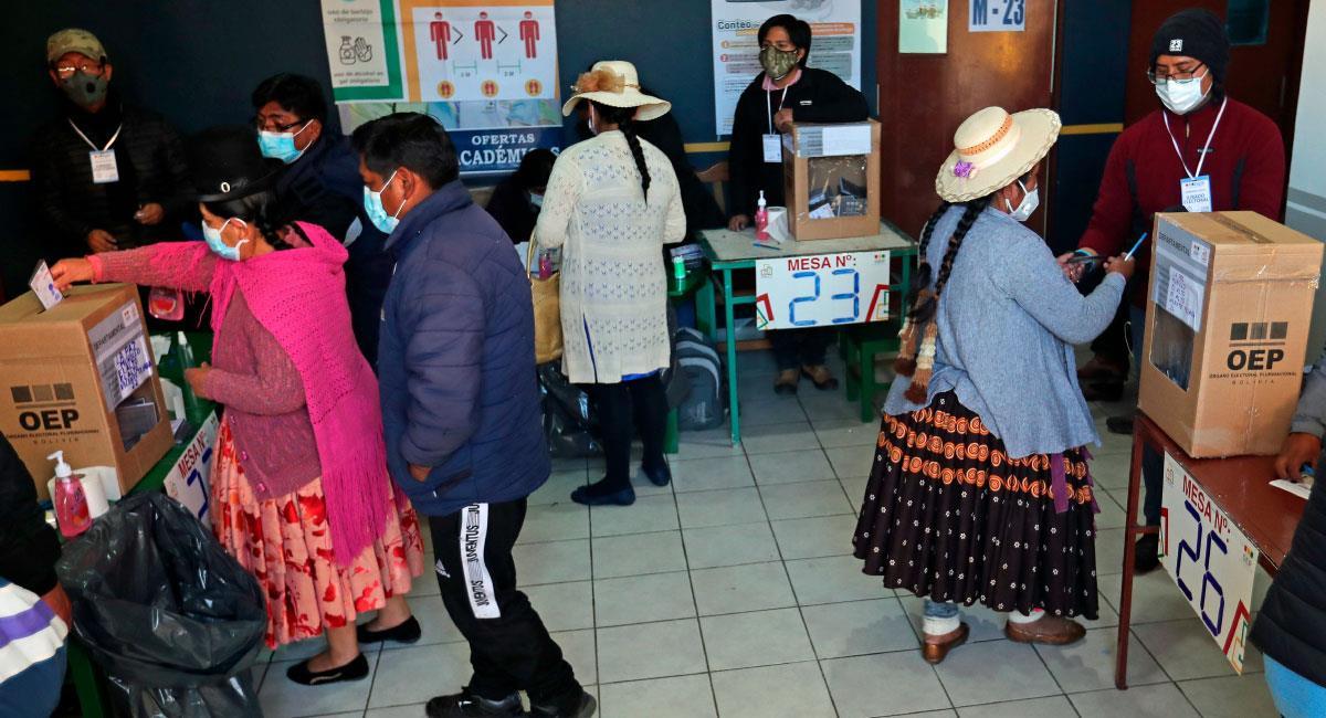 Cuatro departamentos de Bolivia celebran hoy la segunda vuelta de las elecciones subnacionales. Foto: EFE