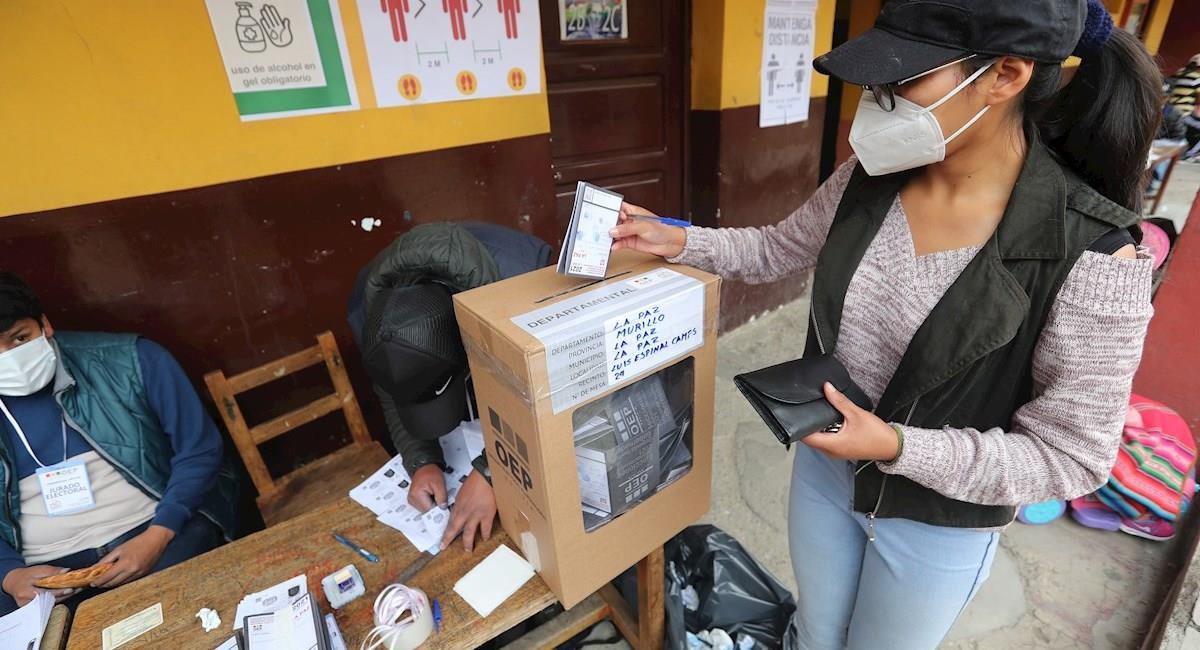 Segunda vuelta de las elecciones subnacionales. Foto: EFE