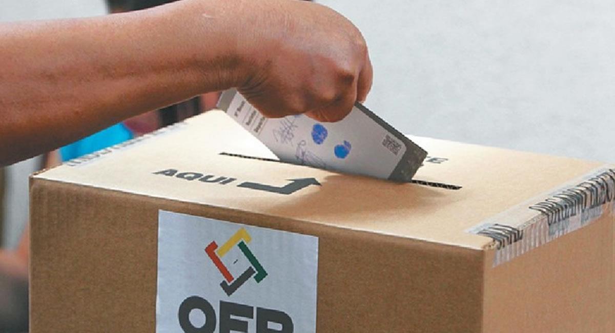 El conteo de los votos en los cuatro Tribunales Electorales Departamentales ya sobrepasa el 50% de las actas escrutadas. Foto: ABI