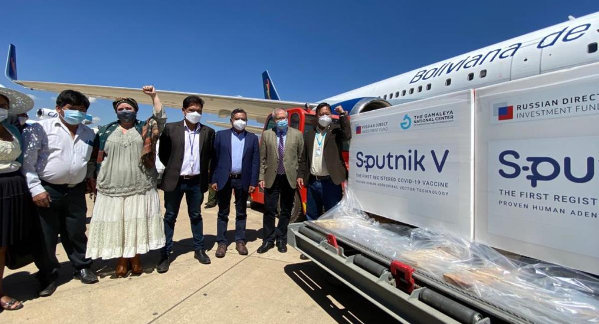 Lote de vacunas Sputnik V que arribaron a Bolivia. Foto: ABI