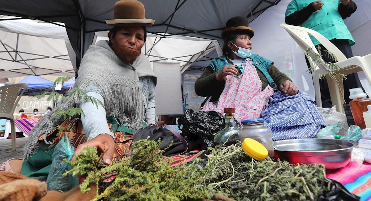 """Expo Feria """"Productos Naturales de la Pachamama"""" en La Paz. Foto: EFE"""