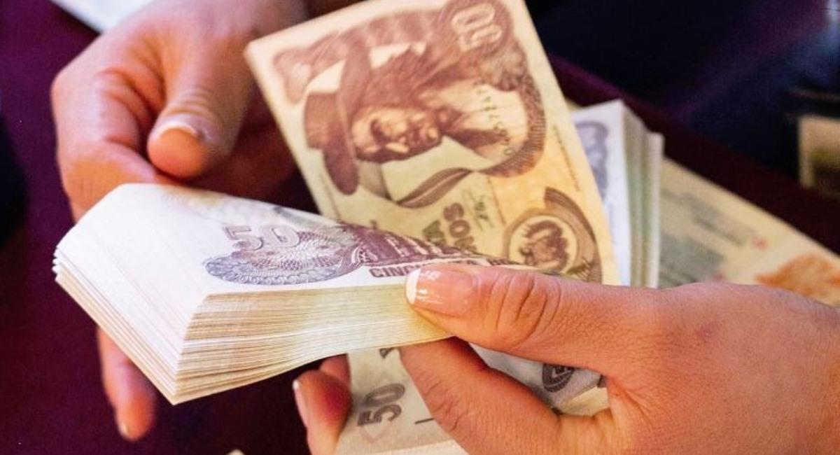 COB se reunirá con el Gobierno para definir el incremento salarial. Foto: ABI