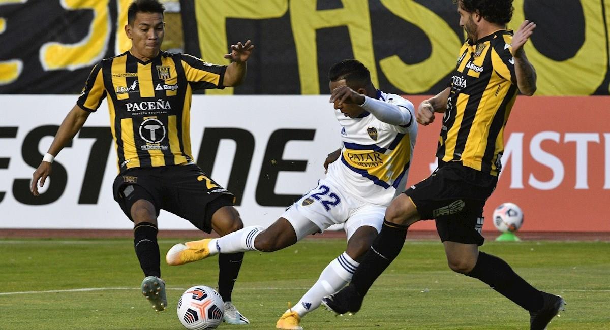 Imagen del partido The Strongest vs Boca Juniors. Foto: EFE