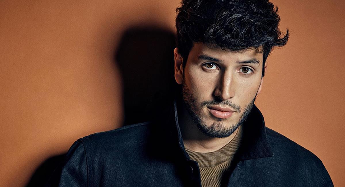 """El cantante colombiano Sebastián Yatra vive el éxito mundial de su canción """"Pareja del año"""". Foto: EFE"""