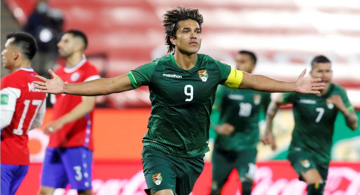 Marcelo Martins celebra el gol del empate en el partido entre Chile y Bolivia. Foto: EFE