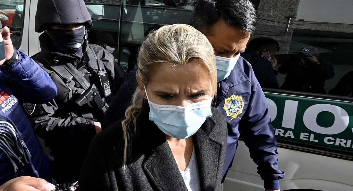 La expresidenta transitoria es procesada por los delitos de genocidio, lesiones graves y lesiones seguidas de muerte. Foto: ABI
