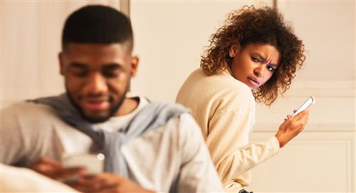 Infidelidad digital: ¿qué es y cómo detectar a un infiel en las redes sociales?