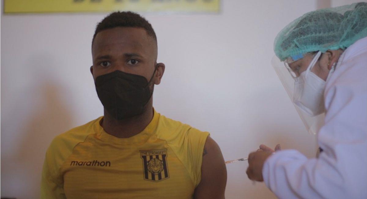 Los jugadores de The Strongest recibieron la vacuna contra la COVID-19. Foto: ABI