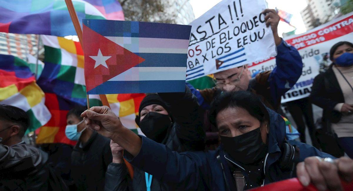 Protestas en apoyo rechazo al bloqueo ecómico de EE.UU. en Cuba. Foto: EFE