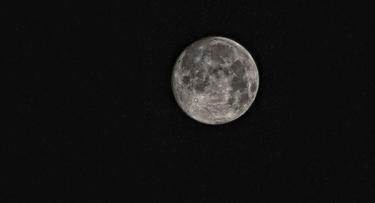 La Luna se tambaleará. Foto: Pixabay
