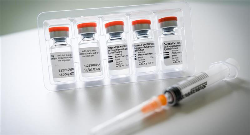 Según estudio, tercera dosis de Sinovac eleva inmunidad anti-covid