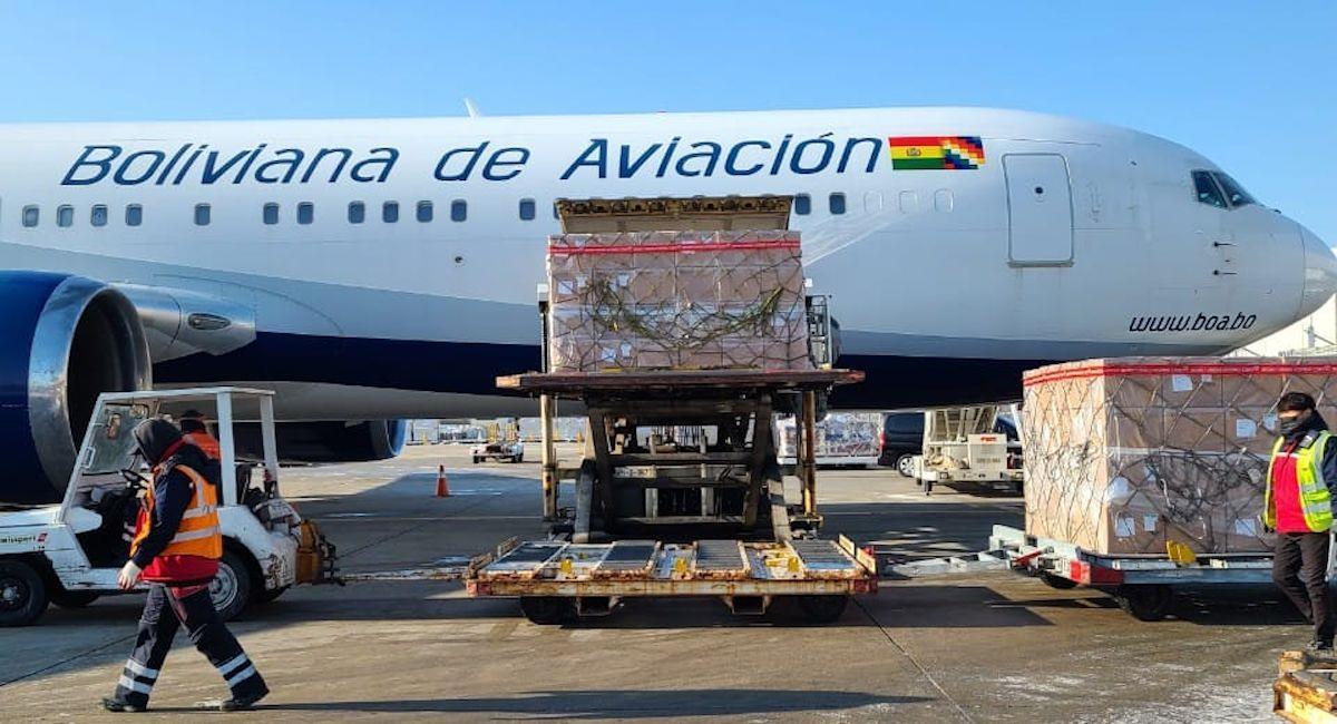 Medio millón de vacunas Sinopharm arribaron a Bolivia. Foto: ABI