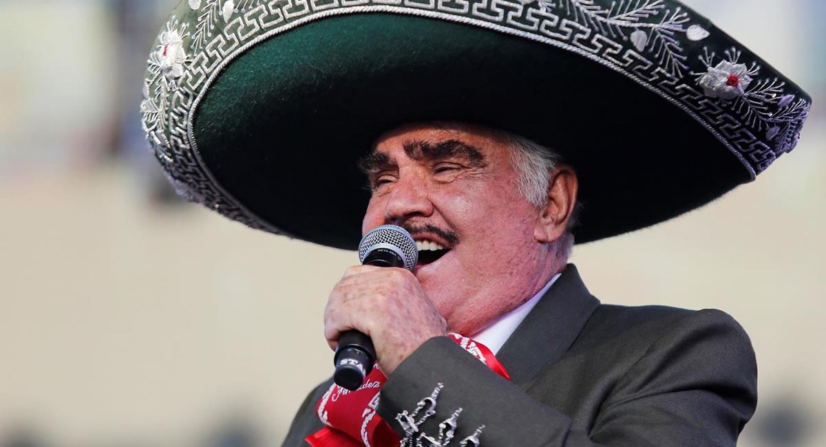 """El cantante de música ranchera Vicente Fernández se encuentra """"grave pero estable"""". Foto: EFE"""