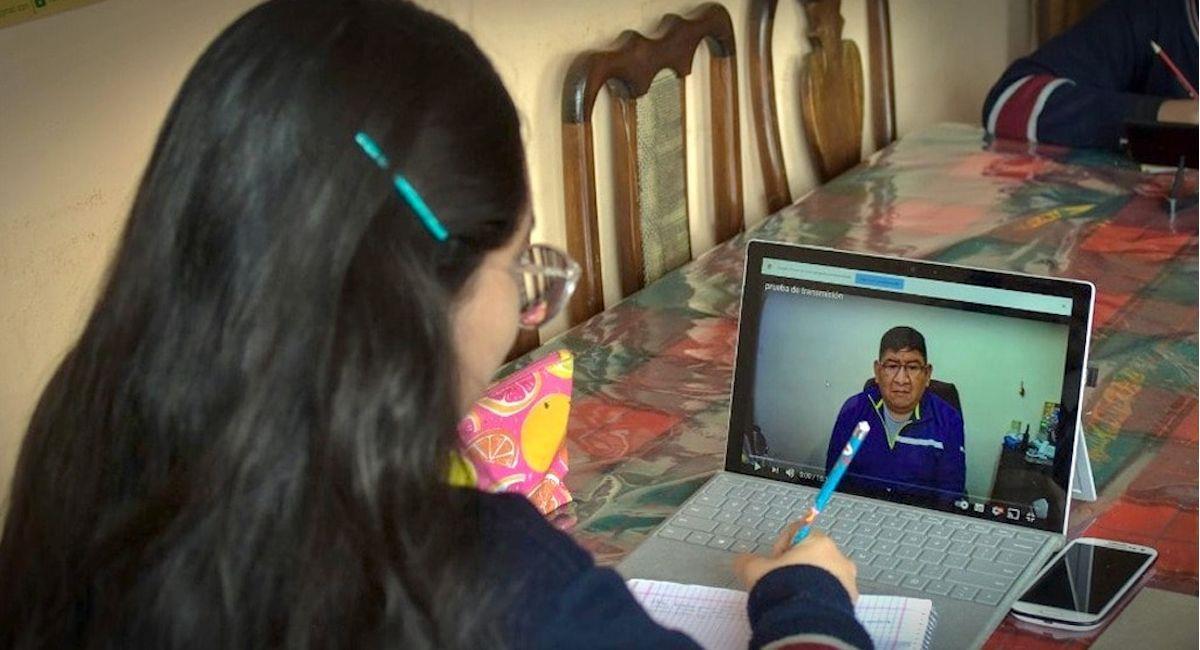 Estudiantes habrían sido expulsados de clases virtuales por falta de pago de pensiones. Foto: ABI