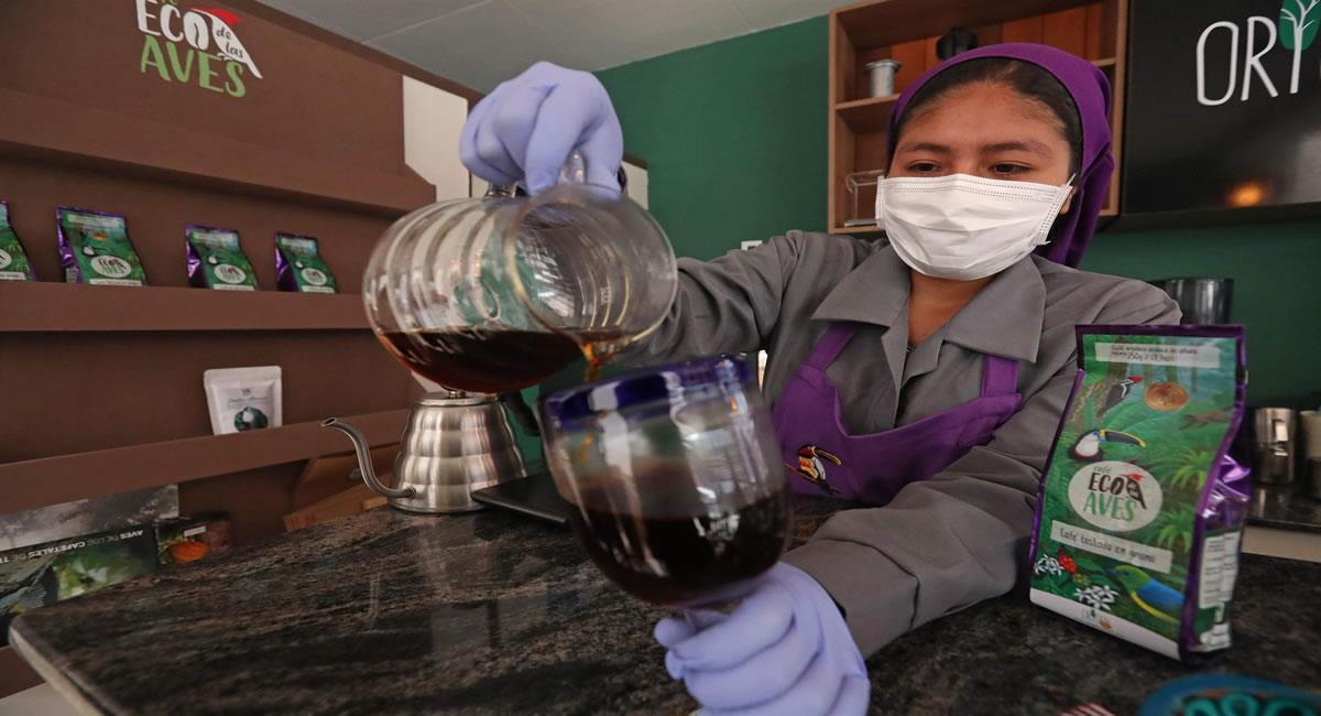 Cafés amigables con los pájaros, chocolates orgánicos producidos por los indígenas bolivianos. Foto: EFE