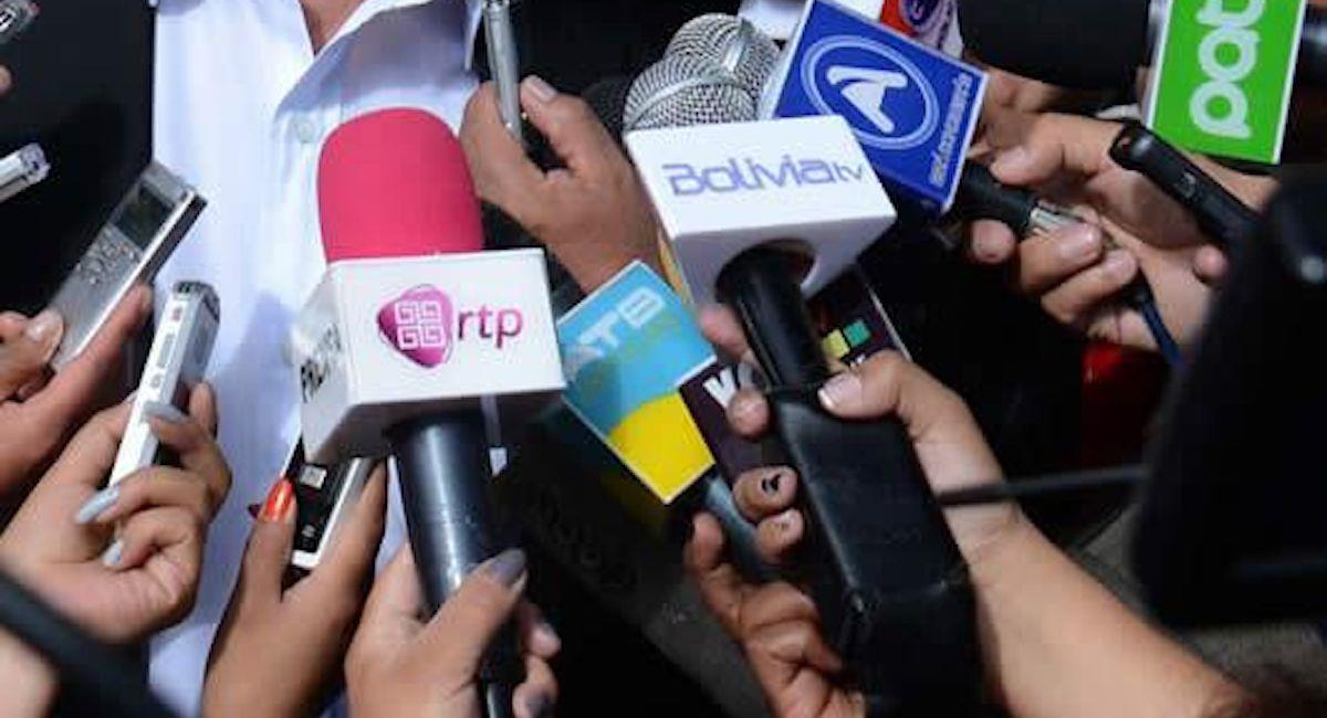"""Los gremios de periodistas denunciaron el """"ataque"""" de altos funcionarios de Gobierno. Foto: ABI"""