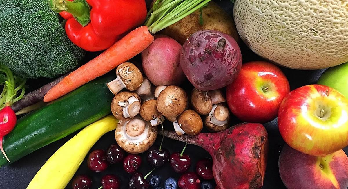 Al excluir las frutas y verduras de la alimentación el organismo carece de fibra. Foto: ABI