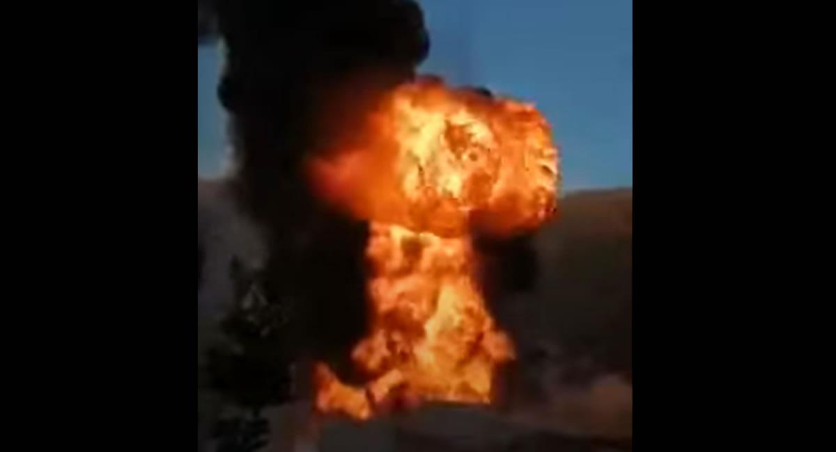 Incendio y explosión en unos depósitos en Camargo. Foto: Youtube / Captura Gaceta del Sur