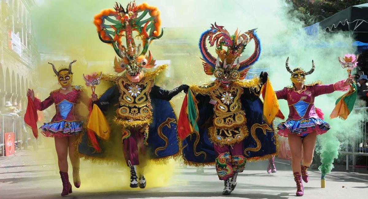 """La danza de """"La Diablada"""" de Oruro se remonta a la época de los Urus. Foto: Twitter @zonacaporal"""