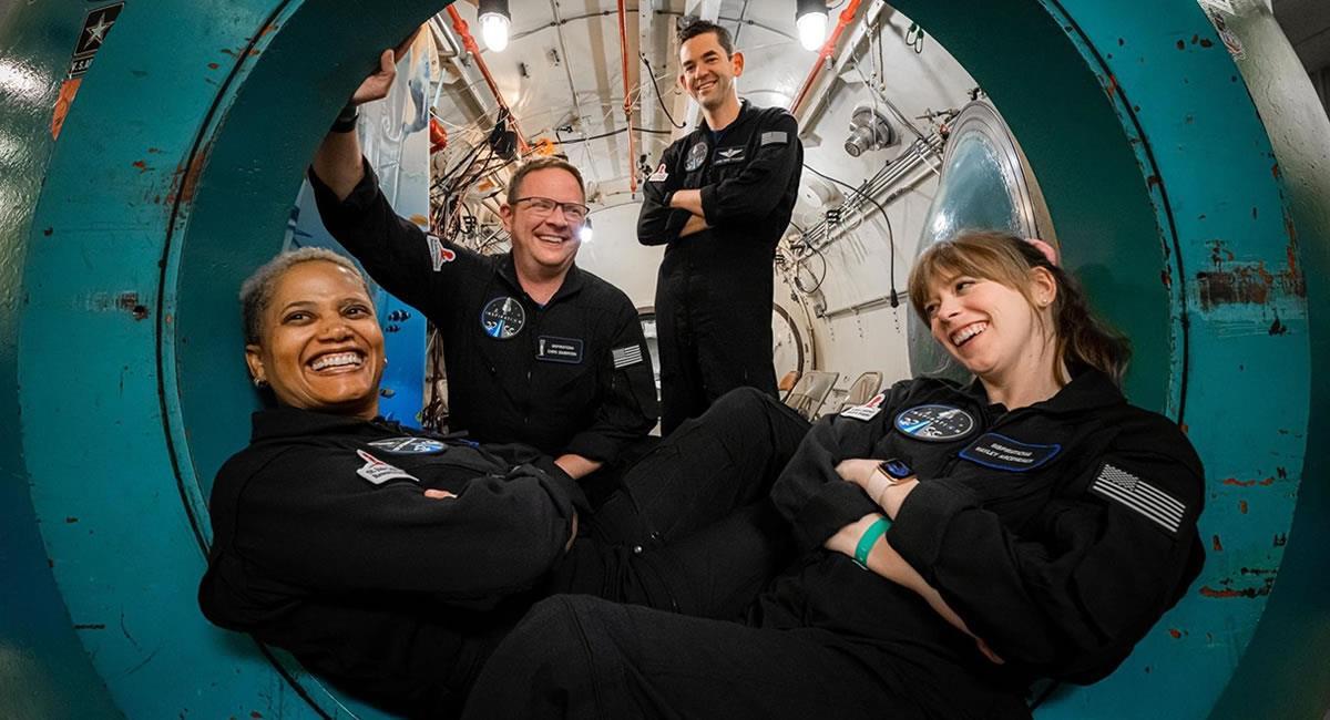 Los cuatro tripulantes de la primera misión espacial estuvo compuesta sólo por civiles. Foto: EFE