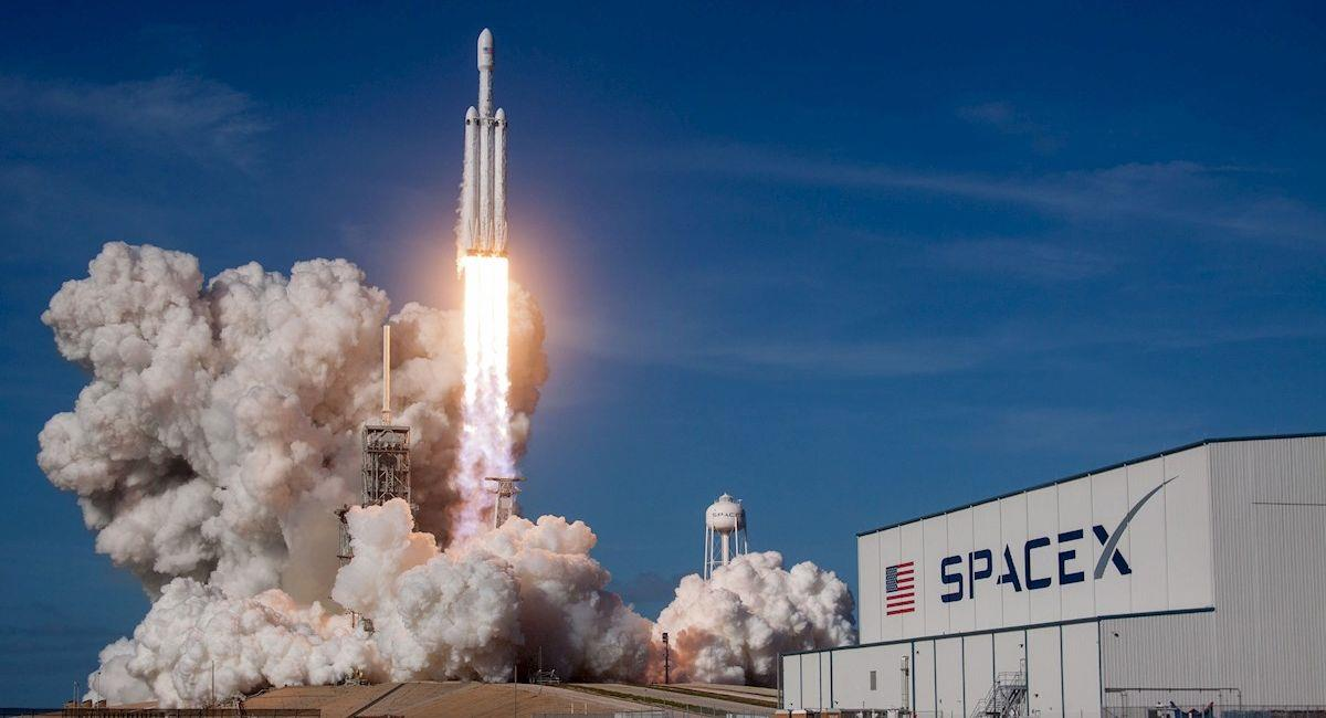 Cohete Falcon de la empresa SpaceX. Foto: EFE