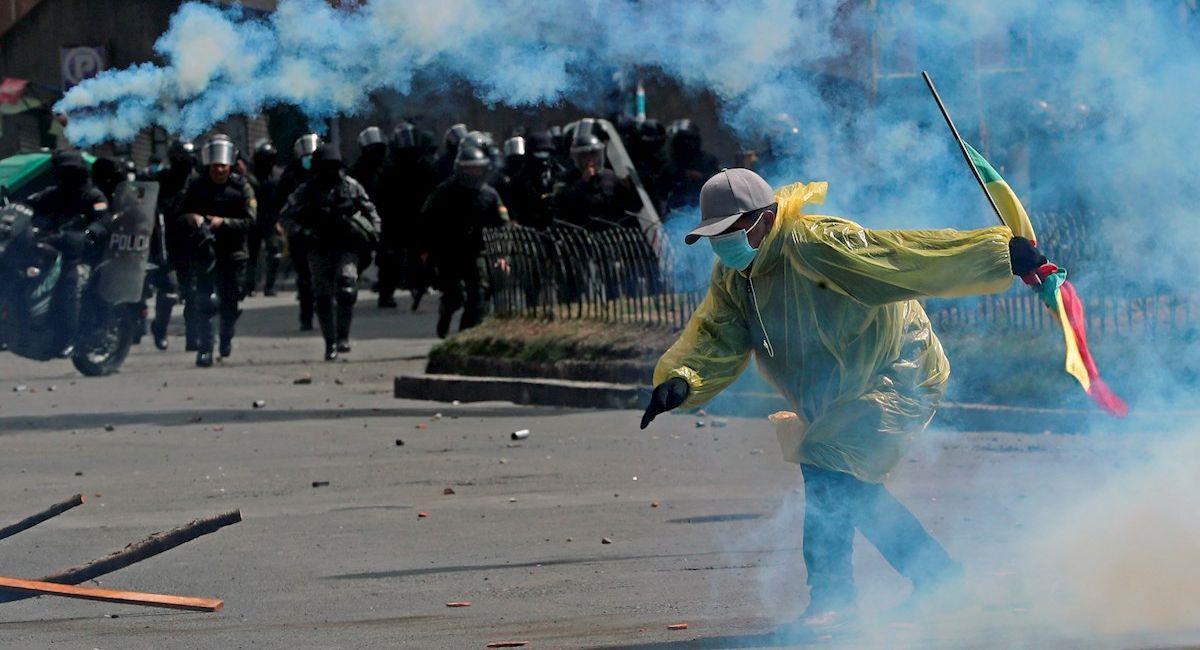 Cocaleros se enfrentaron a la Policía. Foto: EFE