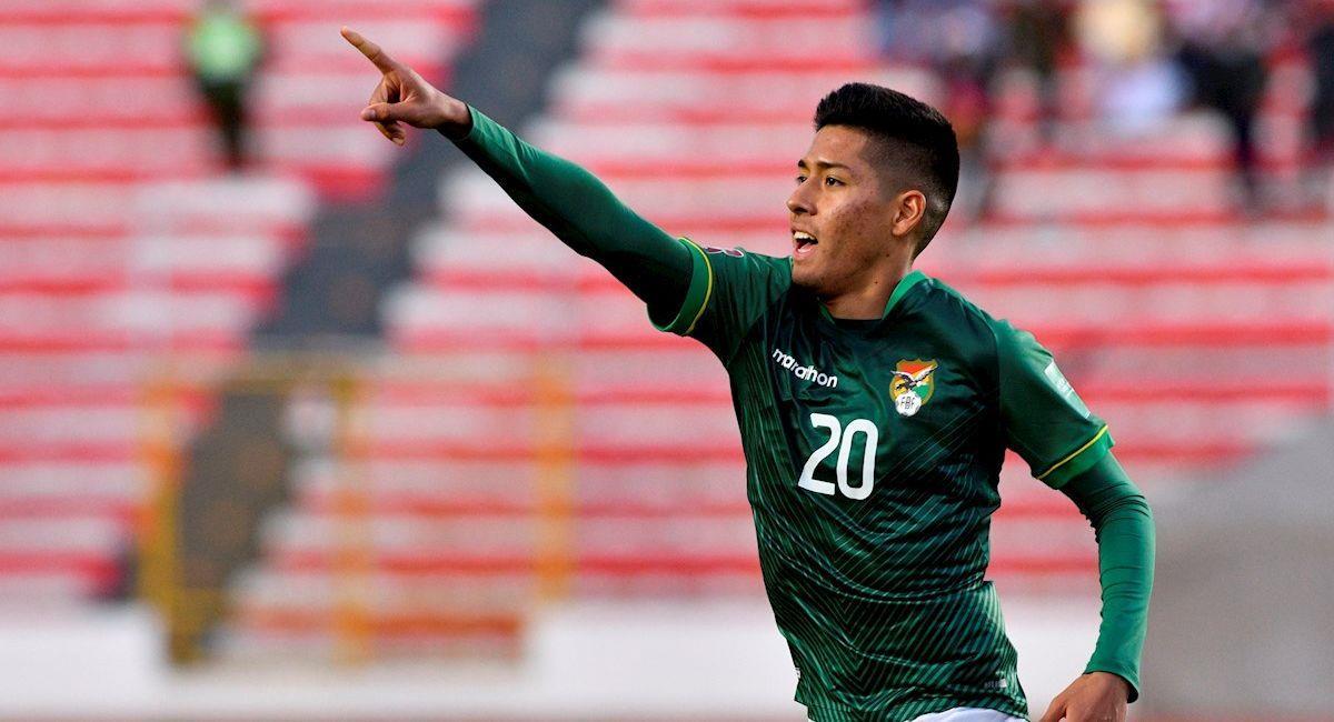 Ramiro Vaca celebra el gol de la victoria para Bolivia. Foto: EFE