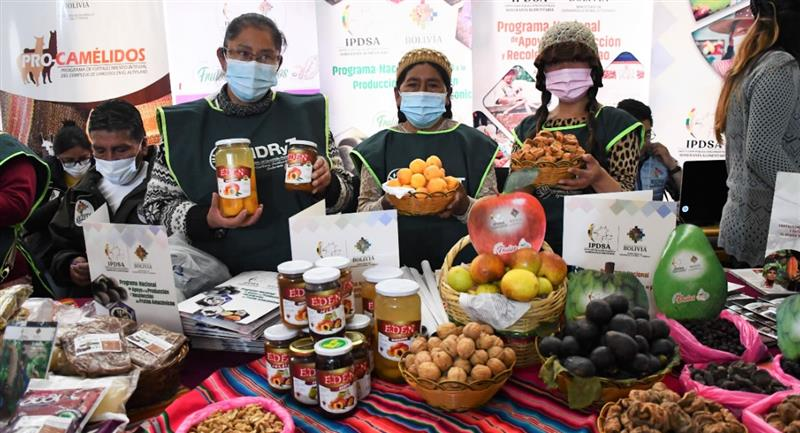 """Presentan feria """"Agroproductiva y Gastronómica del Campo a la Olla, Hecho en Bolivia"""""""