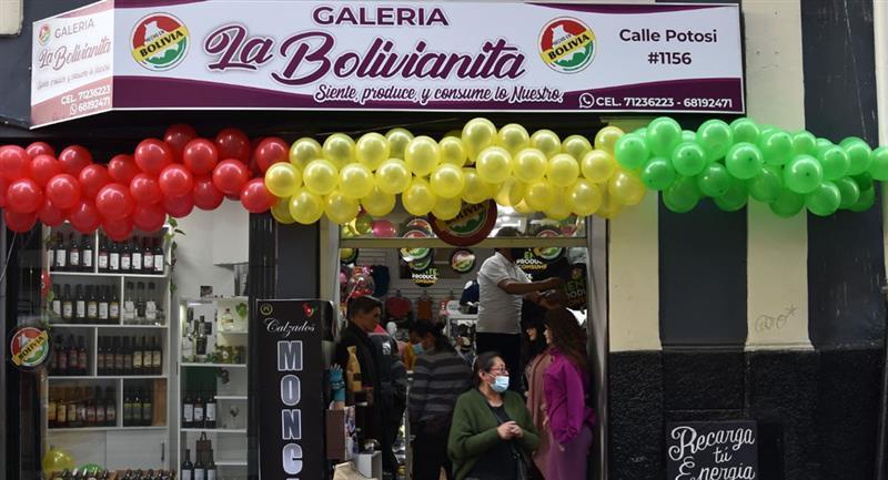 """""""La Bolivianita"""": artesanos inauguran galería con productos nacionales"""